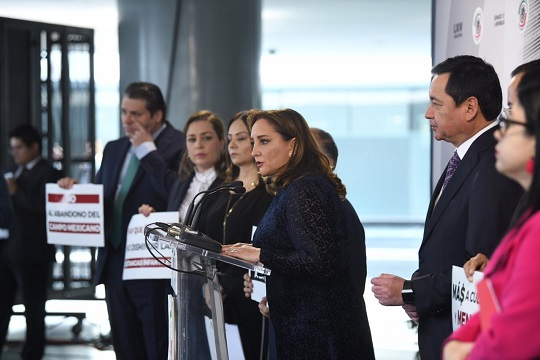 Foto 1 CRM_Conferencia prensa Senado_181218