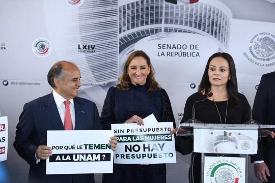 Foto 3 CRM_Conferencia prensa Senado_181218